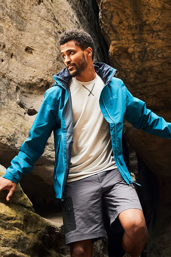 Mood image ACTIVE SUMMER OUTFIT MEN