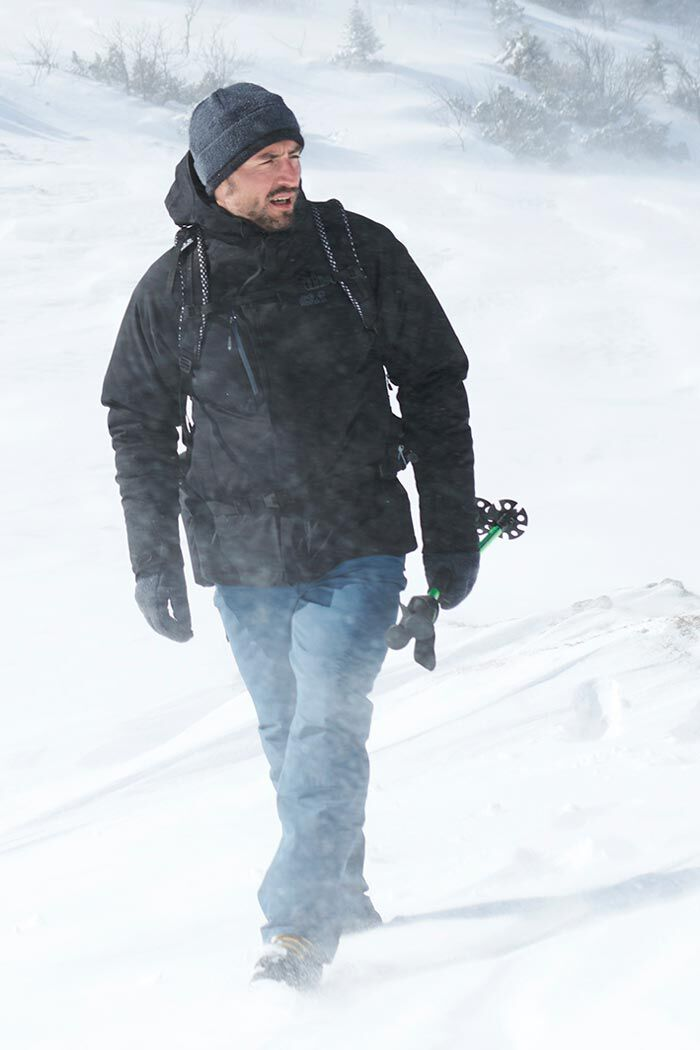 SNOW HIKING OUTFIT MEN